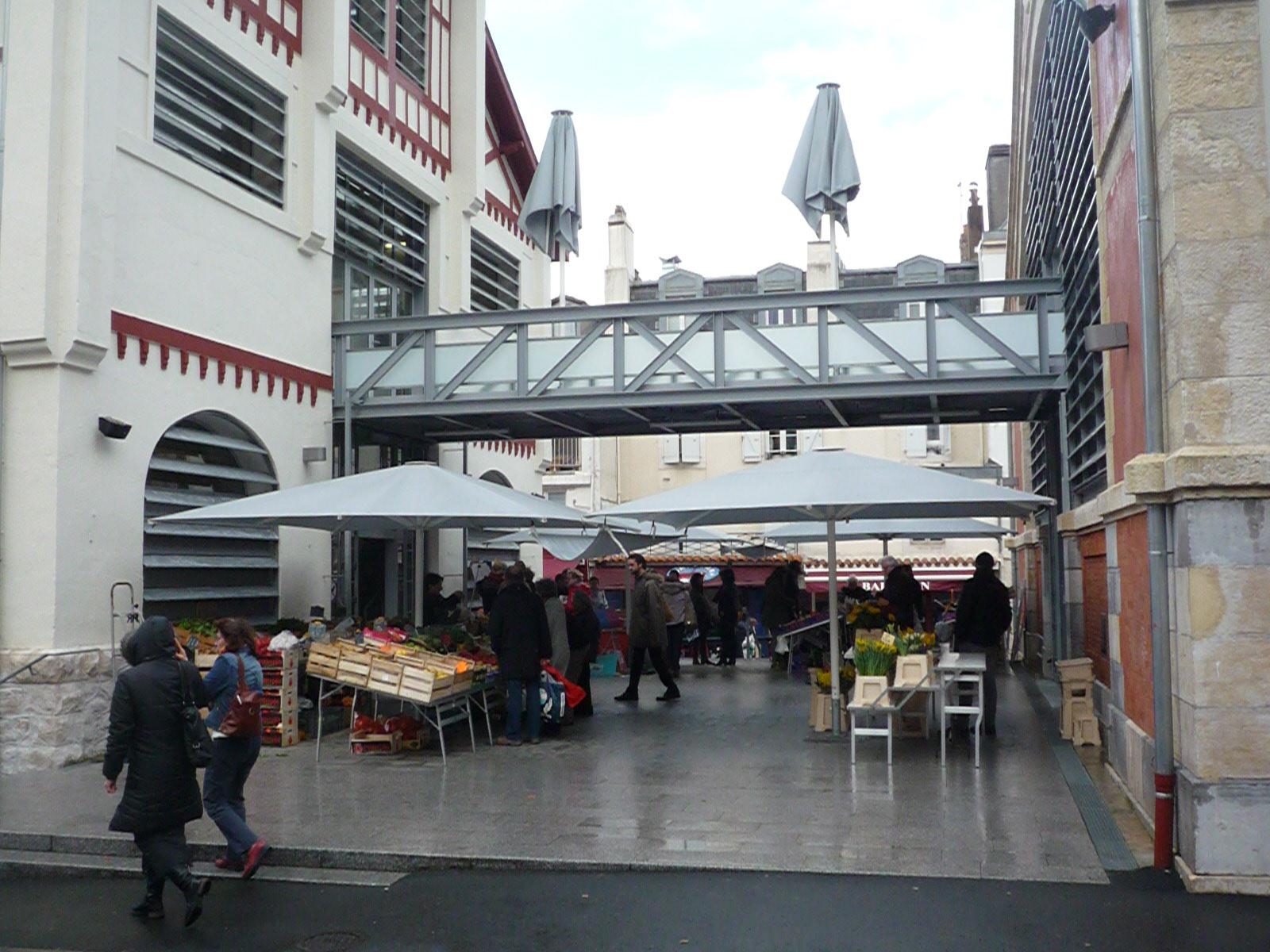 Nos réalisations-Parasols Halles de Biarritz